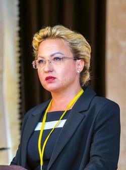 Мария КЛИМОВА — заместитель начальника Главного управления перерабатывающей промышленности Минсельхозпрода