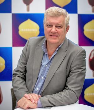 Дмитрий ДОКИН — руководитель категории «мороженое» компании «Шин-Лайн»