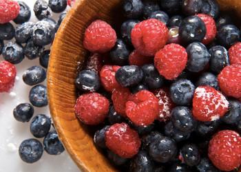 ягоды, еда, замедление старения, организм